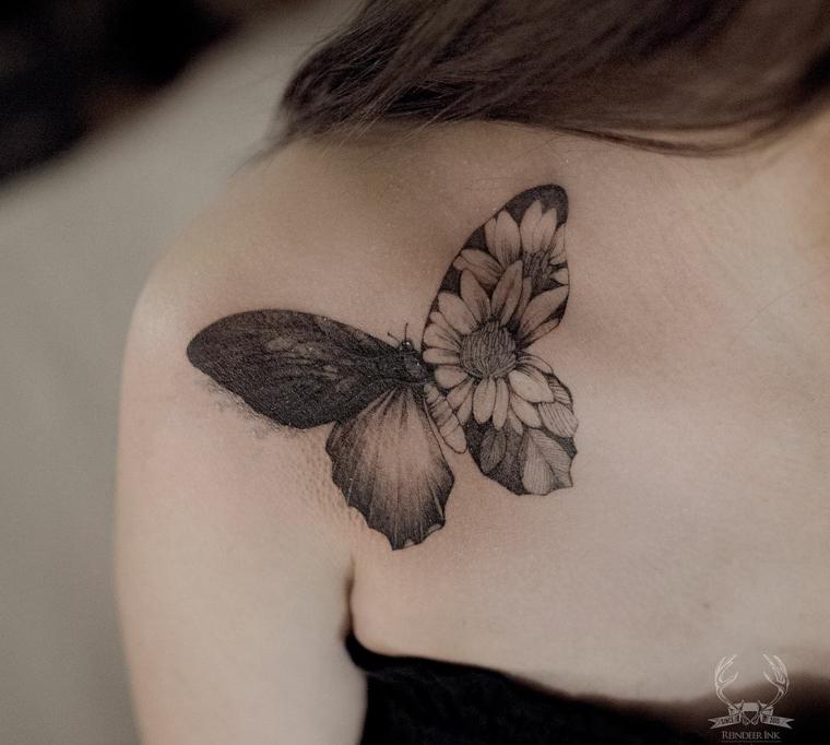 Farfalla tattoo, disegno sulla spalla di una farfalla, disegno tattoo di fiori