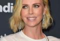 Tagli di capelli corti per donne cinquantenni, foto e look!
