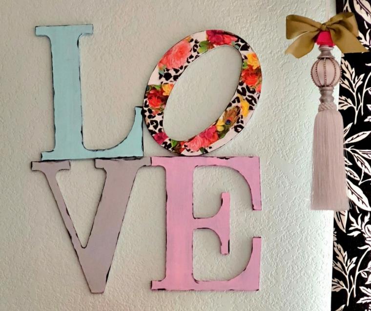 Scritta da parete con lettere di legno, regali san valentino per lei, decoupage con carta colorata
