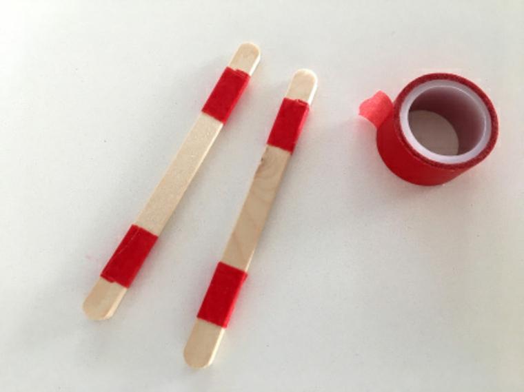 Regali romantici per lei, craft sticks di legno con nastro adesivo di colore rosso