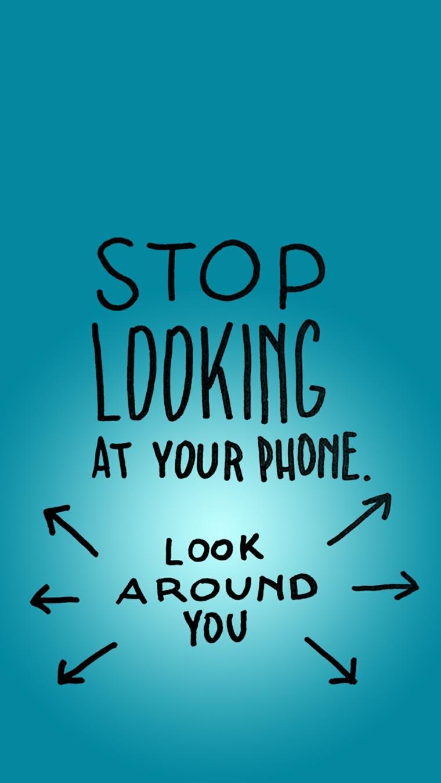 Sfondi per cellulari, immagine con sfondo blu e scritta nera in inglese