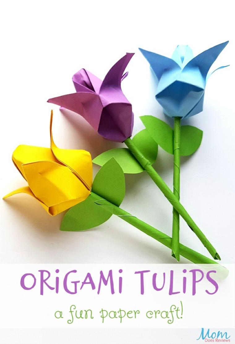 Fiori tulipani con petali e stelo di carta per origami, fiori con carta colorata per origami