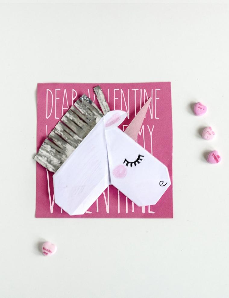 Origami facile, cartolina per San Valentino con unicorno di carta origami