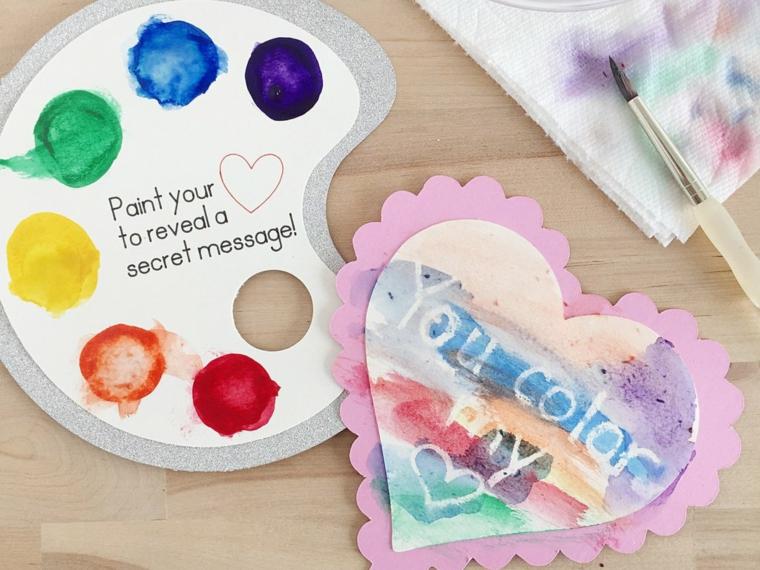 Regali san valentino per lei, cartolina a forma di cuore decorata con colori ad acquarello