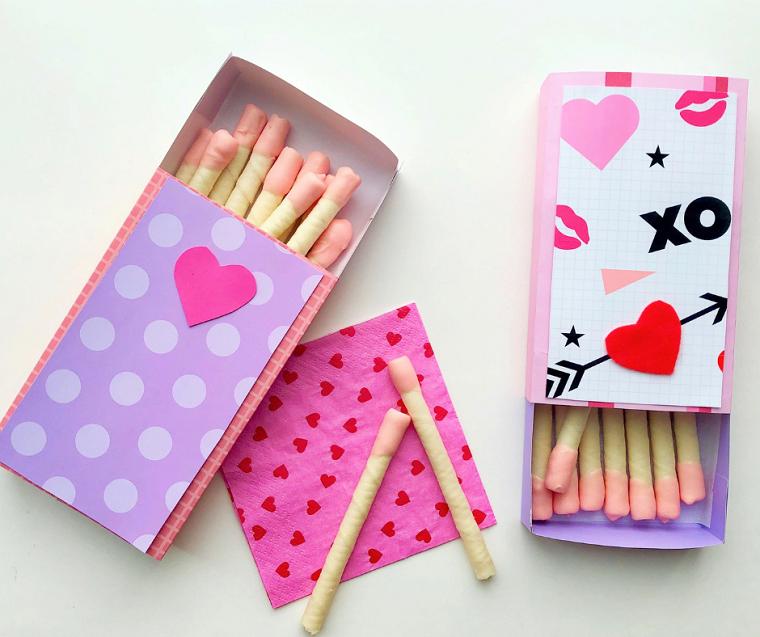 Scatola di fiammiferi con biscotti immersi in cioccolato, regali per lui san valentino fai da te