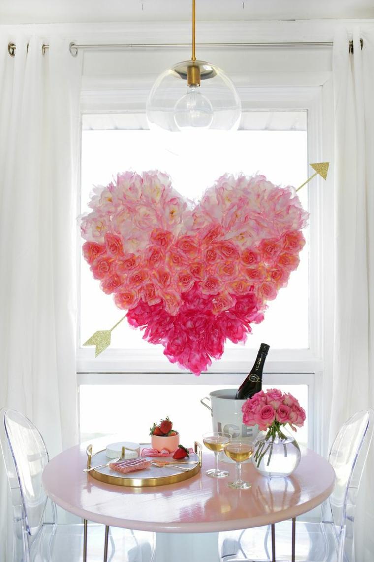 Bouquet di rose a forma di cuore, tavolo con cibo, regali per lui san valentino fai da te