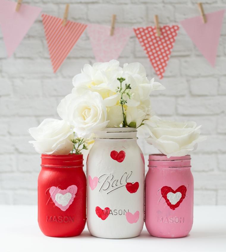 Sorprese san valentino, barattoli di vetro dipinti, vasi di vetro con rose bianche