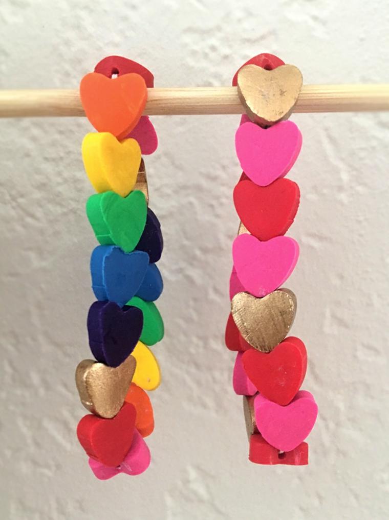 Cosa regalare a san valentino, braccialetto con cuori di argilla polimerica colorata