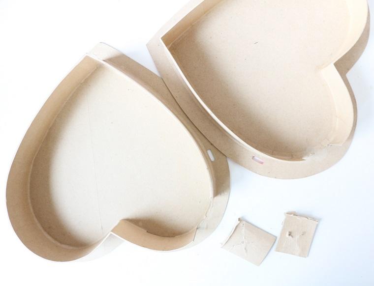 Scatola di legno a forma di cuore con coperchio, regali da fare a San Valentino