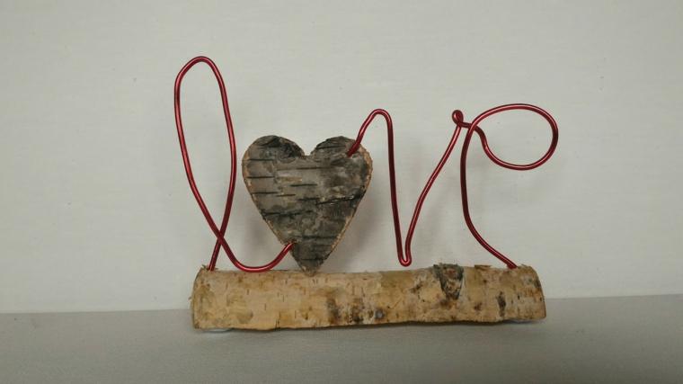 Scritta Love con filo di ferro e cuore di legno, regalo fai da te per 14 febbraio