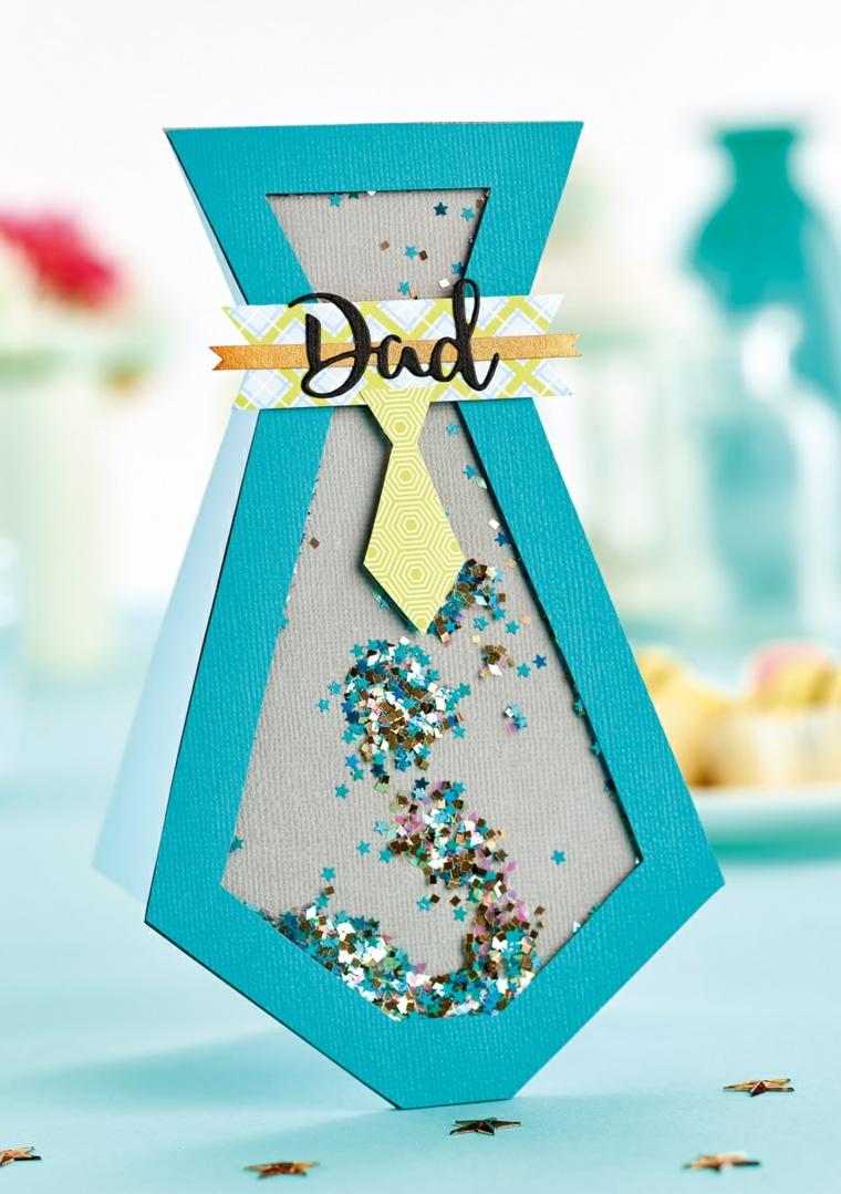 Lavoretti festa del papà, cartolina forma cravatta di fogli blu e brillantini glitterati