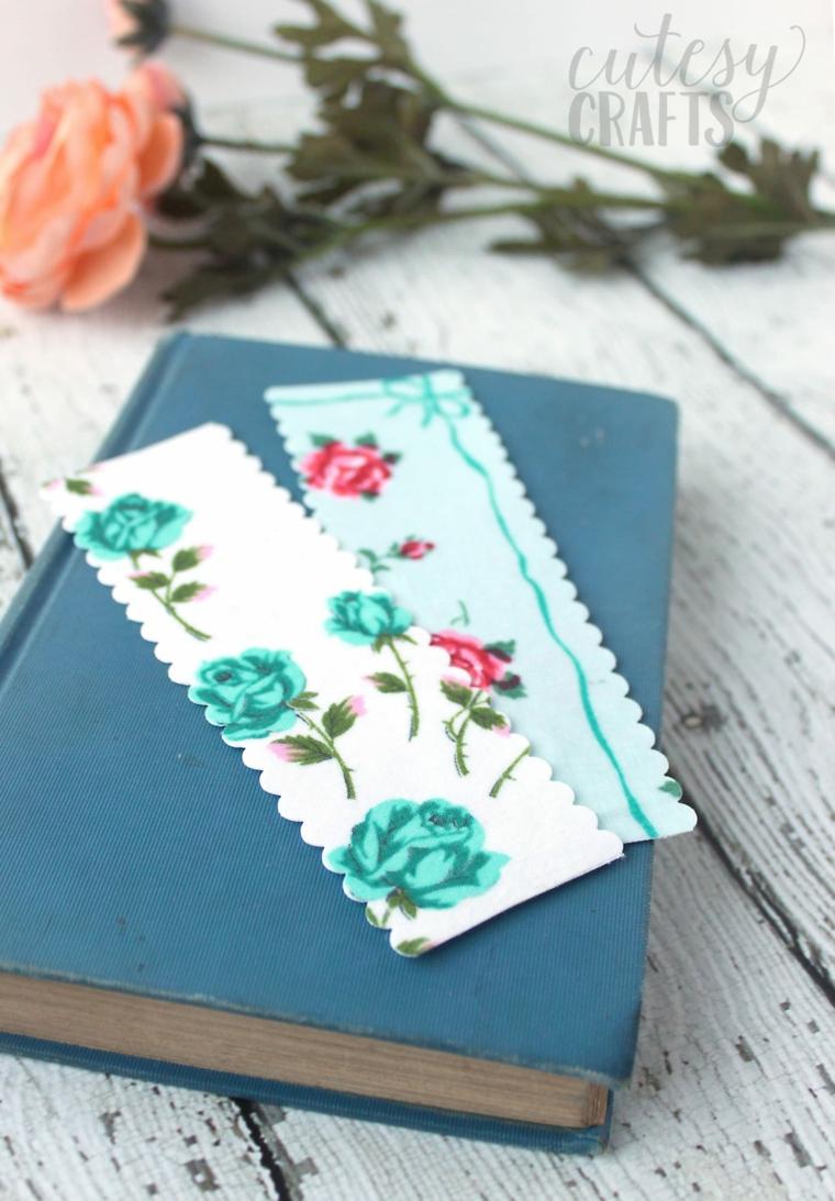 Segnalibro fai da te, bigliettino forma rettangolare con disegno di rose colorate