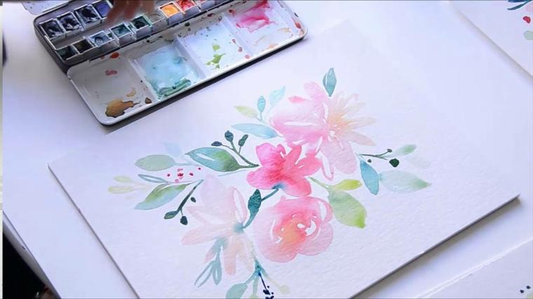 Disegno di fiori colorati con colori acquarello, disegno su un foglio bianco