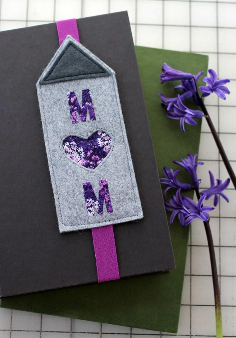 Come fare dei segnalibri bellissimi, segnalibro di feltro con elastico di colore viola