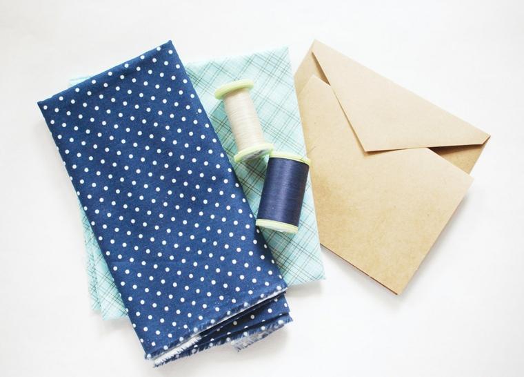 Lavoretti festa del papà, materiali come stoffa colorata e buste di carta