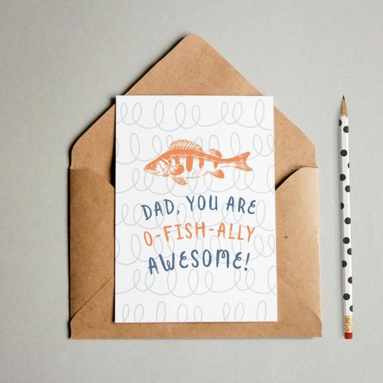 Disegni per la festa del papà, cartolina con scritta e disegno a matita di un pesce