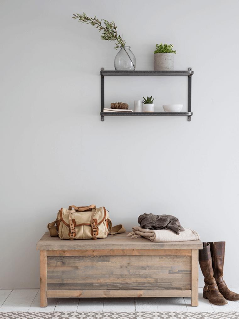 Portascarpe fai da te, mobile di legno con panchina, scaffale sulla parete