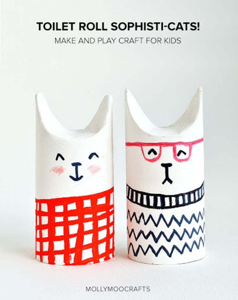Animali con rotoli di carta igienica, coniglietti dipinti con pennarelli colorati