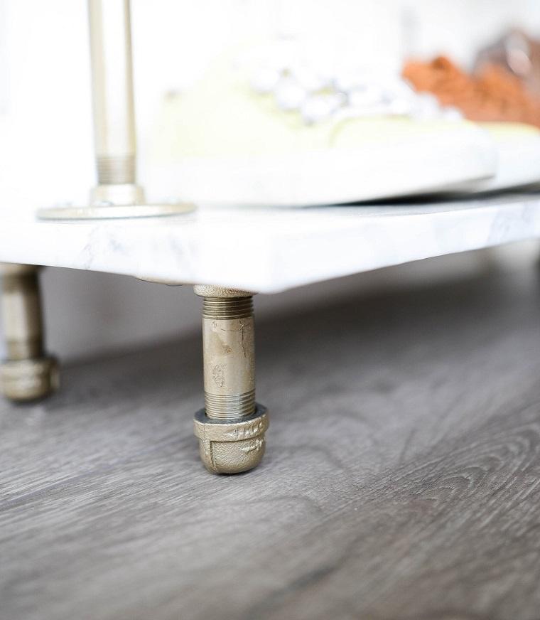 Come fare un portascarpe fai da te, mobile di legno con struttura di metallo