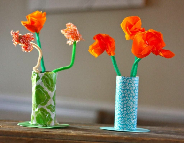 Cose da fare con la carta, vasi di rotoli di carta igienica, vasi con fiori di carta crespa