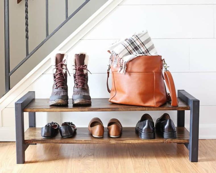 Idee scarpiera fai da te, mobile di legno con scaffali per le scarpe e borsa