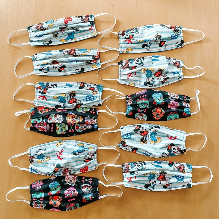 Cartamodello mascherina. foto di mascherine di stoffa per bambini