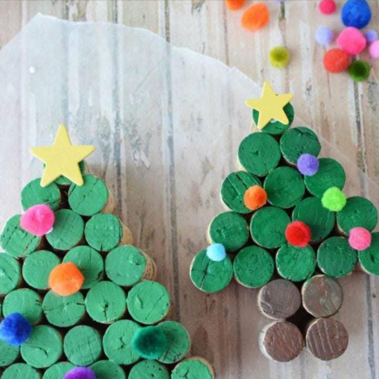 Albero di Natale con tappi di sughero, albero con tappi dipinti di verde