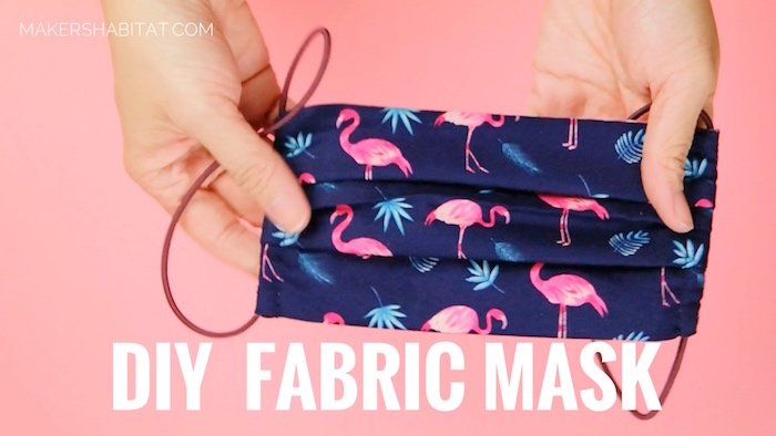 Mascherina chirurgica di stoffa fai da te, mascherina con elastici e disegno di flamingo