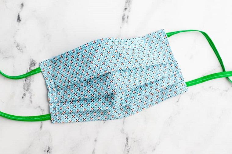 Mascherina con nastri da legare, mascherina con tasca per filtro interno