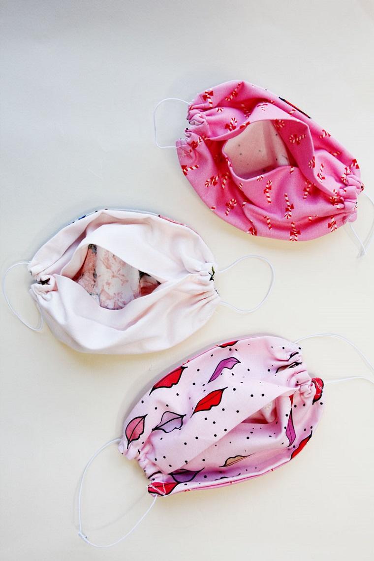 Cartamodello mascherina, tre mascherine di stoffa con tasca per il filtro