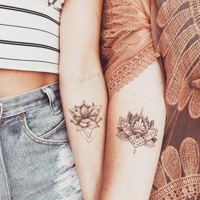 Tatuaggio migliore amica, tattoo sull'avambraccio con disegno fiore di loto