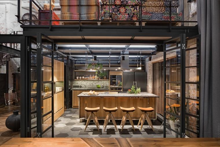 Arredare un loft, appartamento con soppalco, cucina con isola centrale in legno