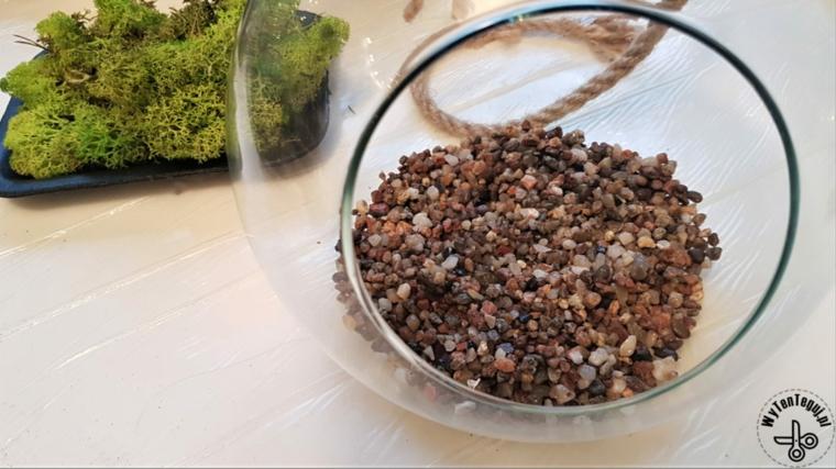 Festa dei nonni lavoretti, contenitore di vetro con ghiaia per terrarium