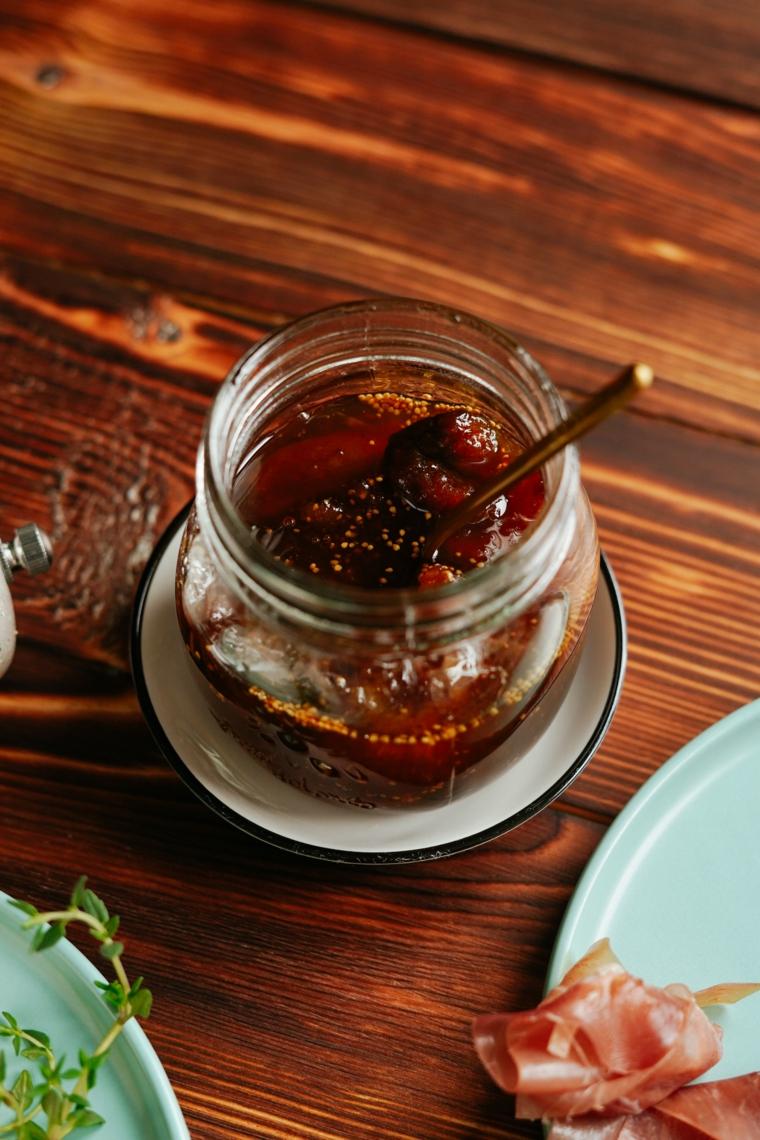 antipasti veloci e sfiziosi freddi barattolo marmellata fichi prosciutto crudo piatti ingredienti