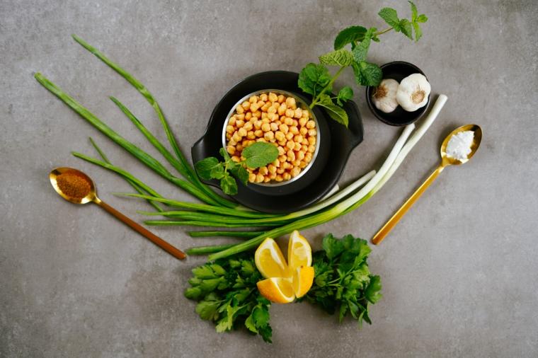 apericena cosa fare ingredienti cipolla aglio ceci limone sale prezzemolo verdure