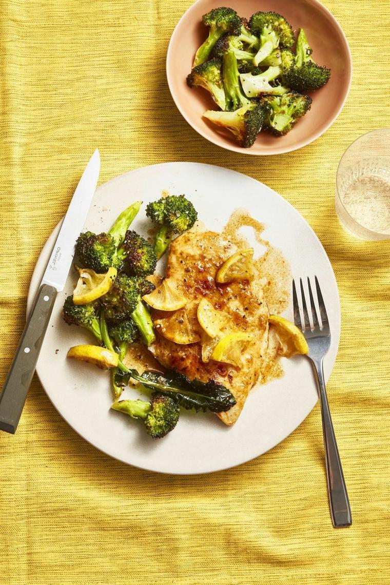 cena veloce ed economica broccoli petto piastra salsa limone contorno