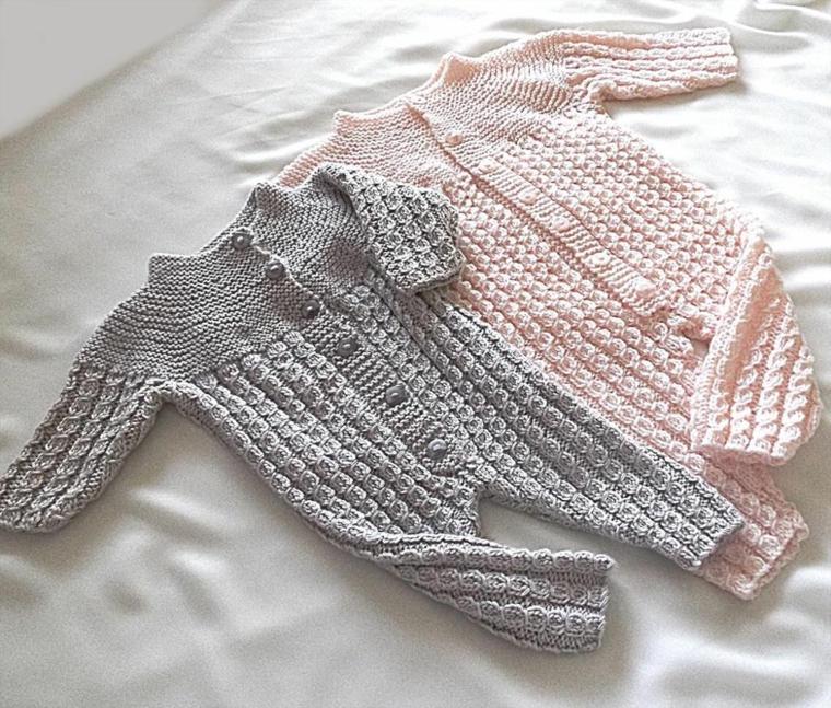 cosa devono regalare i nonni al battesimo tutine lana uncinetto maglia rosa grigio