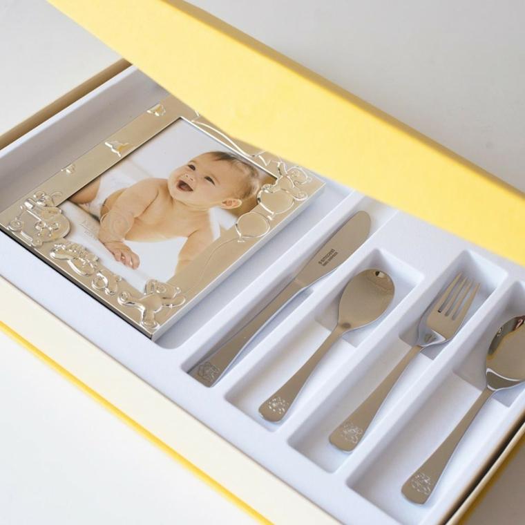 cosa regalare ad un bimbo maschio per il battesimo scatola cucchiaio argento cornice foto
