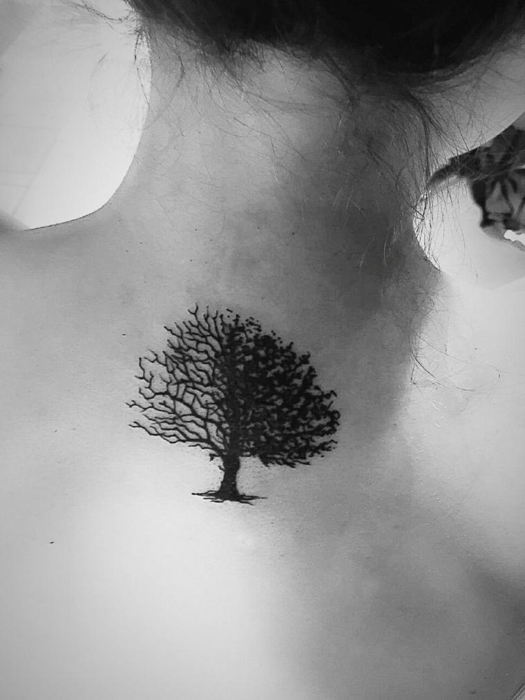 disegni per tatuaggi famiglia disegno tattoo albero rami tatuaggi collo donna