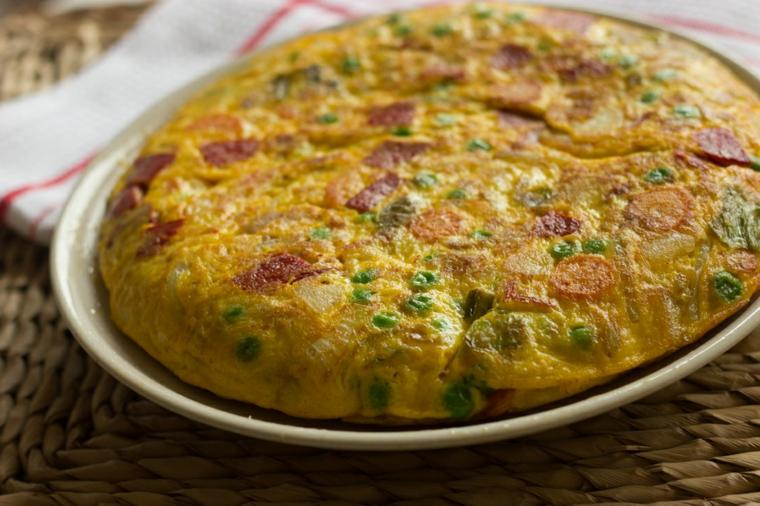 frittata uova verdure salame non so cosa fare da mangiare stasera piatto unico