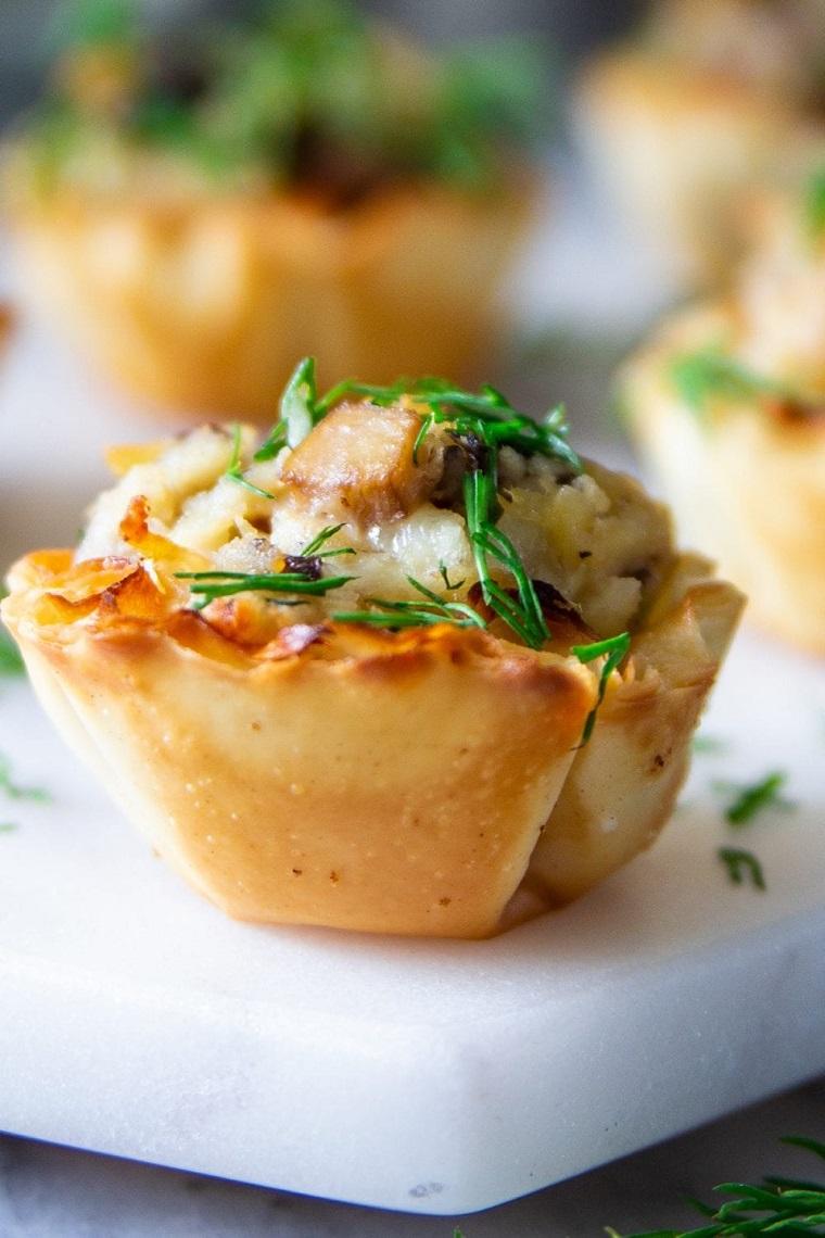idee per apericena pollo cestini erbette fresce pasta filo ingredienti ricetta