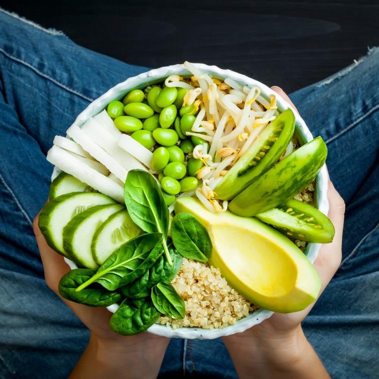 insalatona verdure avocado non so cosa fare da mangiare stasera spinaci fave