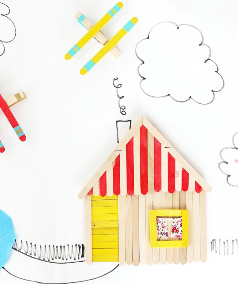 Lavoretti in legno per bambini, casetta di legno con bastoncini colorati