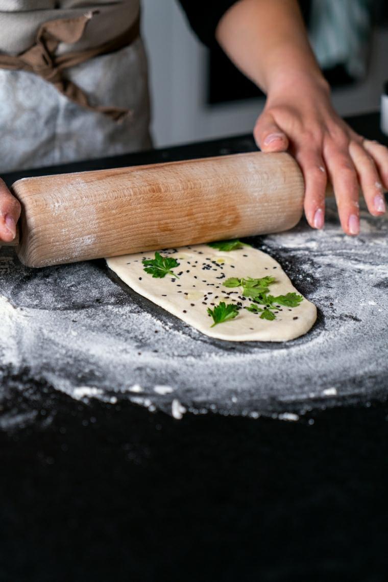 mattarello naan ricetta pane indiano impasto cosa preparare per un apericena