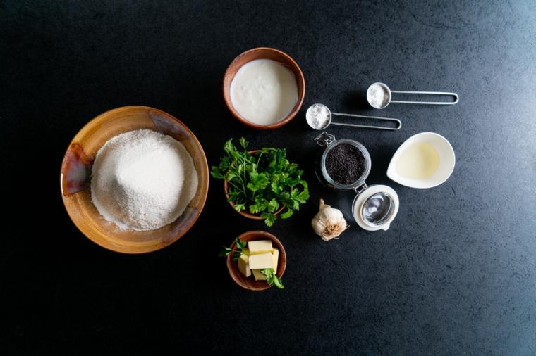 naan ricetta pane indiano cose sfiziose da mangiare per cena ingredienti ciotole