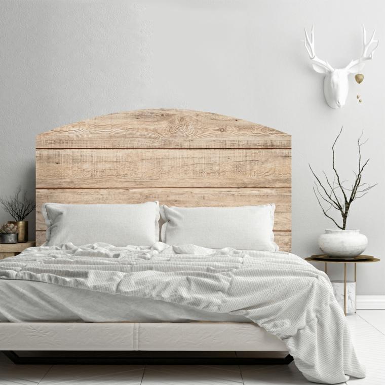 Bancale di legno come testata del letto, spalliera letto fai da te