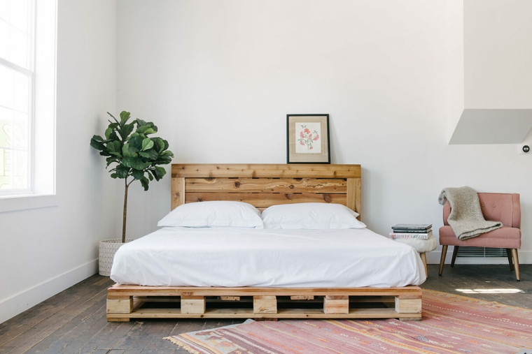 Testiera letto matrimoniale legno, camera da letto con letto in bancale di legno