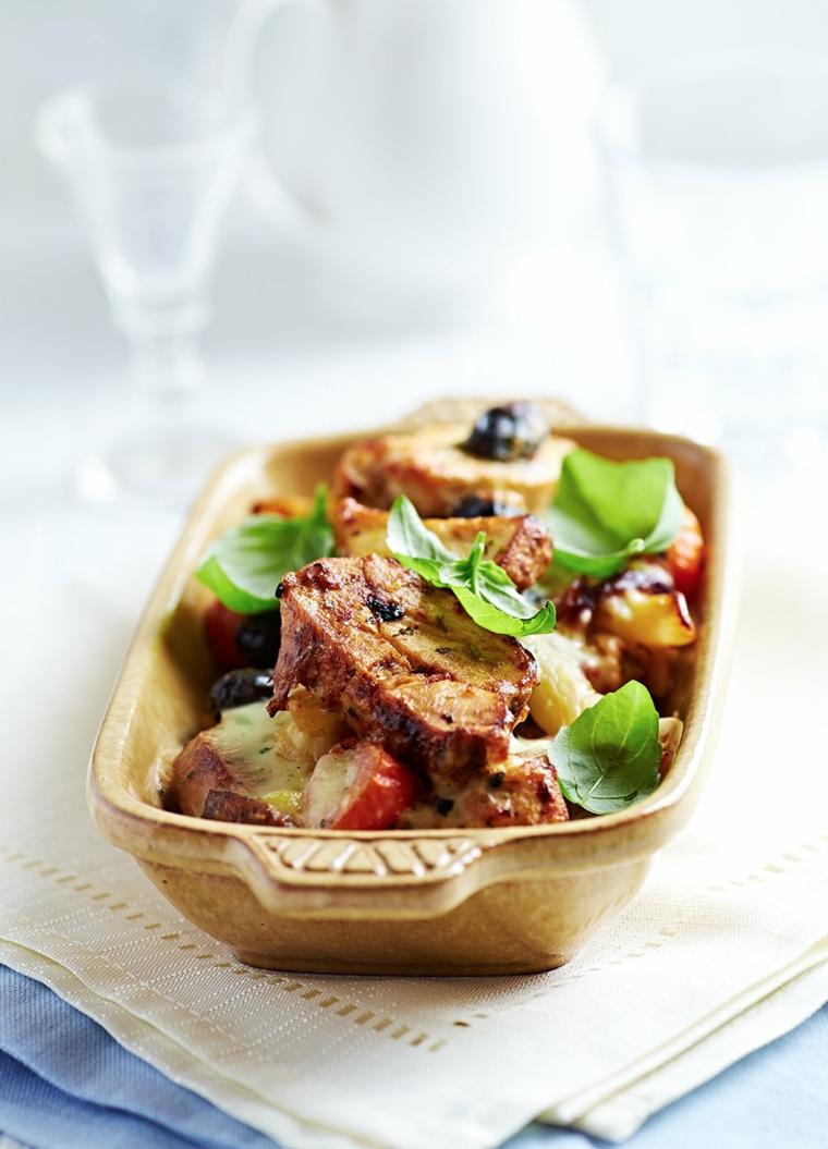 pirofila pezzi carne bocconcini menu cena tra amici spinaci verdure contorno
