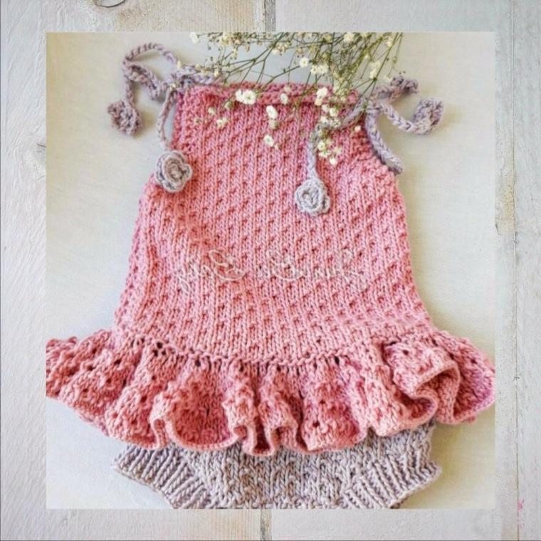 regalo battesimo bimba originale vestitino maglia uncinetto lana rosa fiori