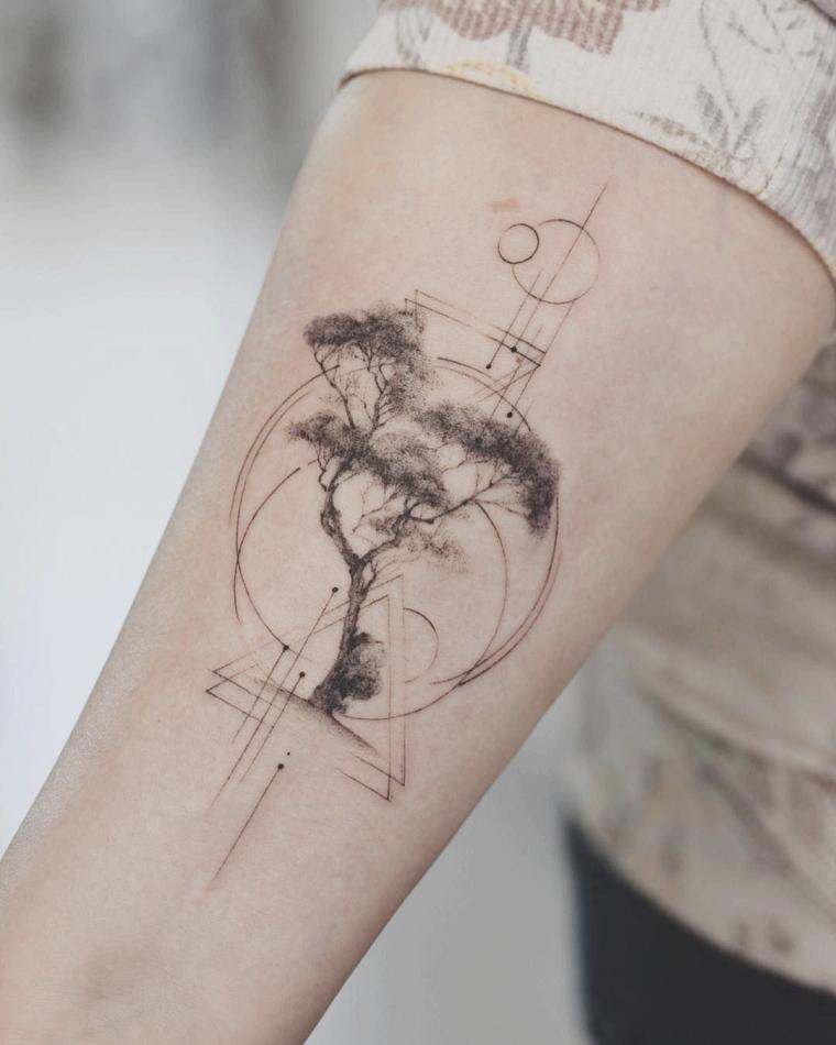 simbolo albero della vita avambraccio figure geometriche disegno chiaro scuro